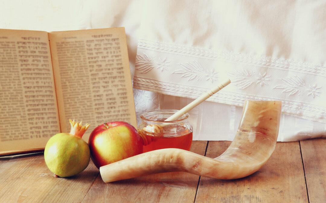 Jewish Traditions during Rosh Hashanah and Yom Kippur